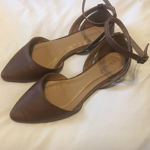 Brown pointed toe flats!